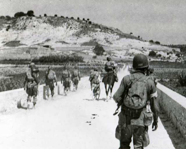 American paratroopers in Sicily with horse, perhaps taken from Italian cavalry.