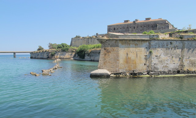 Fortress at N tip of Augusta - glider Y landed in the sea off Augusta