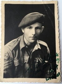 F A Bluff 1943 - 200